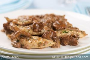 Sauteed Strips of Chicken with Chanterelle Mushrooms