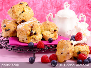 Cinnamon Nut/Raisin Biscuits