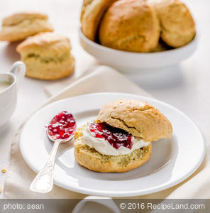 Buttermilk-Cornmeal Biscuits