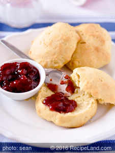 Melt-In-Mouth Biscuits