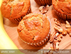 Banana Raisin Walnut Muffins