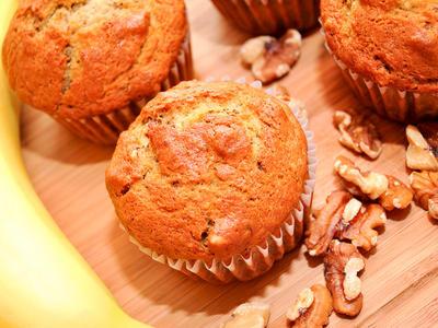 Banana Raisin Walnut Muffins