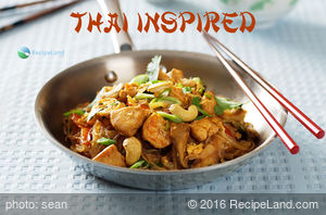Spicy Thai Noodles with Chicken and Shrimp