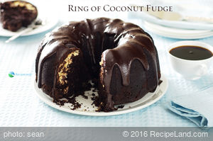 Ring of Coconut Fudge Cake