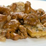 Tarragon Tofu with Chanterelle Mushrooms