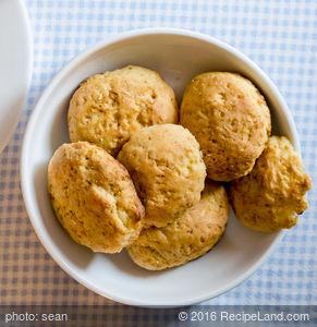 Elizebeth's Cheese Biscuits