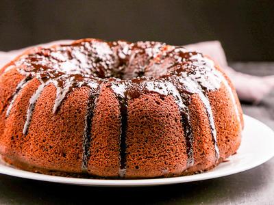 Chocolate-Fudge Bundt Cake