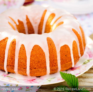 Cranberry Nut Bundt Cake