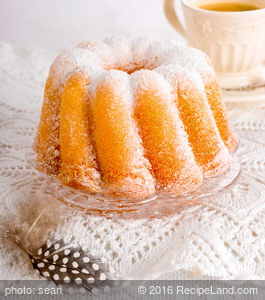 Aunt E.C.'s Pound Cake