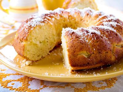 Pina Colada Pound Cake