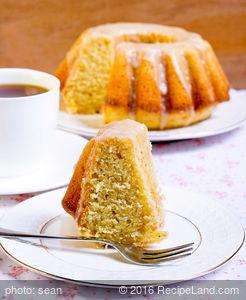 Spiced Apple Pound Cake