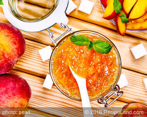 DIY Peach Preserves