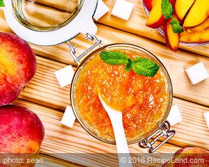 DIY Peach Preserves