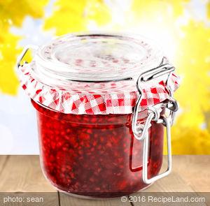 No-Cook Strawberry Freezer Jam