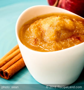 Crockpot Honey Apple Butter