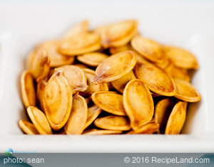 Quick Roasted Pumpkin Seeds