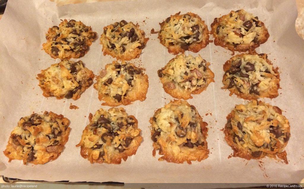 4 Ingredient Almond Joy Cookies