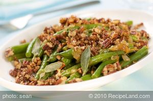 Skillet Green Beans in Orange Essence with Maple Toasted Pecans