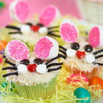 These Easter Bunny Face Cupcakes are so cute, and cakes are so moist, coated with vanilla frosting and coconut flakes, enjoy these pretty bunny face cupcakes!