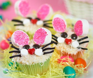 Bunny Face Easter Cupcakes