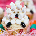 hese little sheep cupcakes are very easy to make and they look so cute, coated with white frosting and marshmallows, using Jelly beans as feet and ears, everyone loves these little sheep!