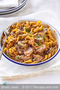 Easy Beef Stroganoff For Two