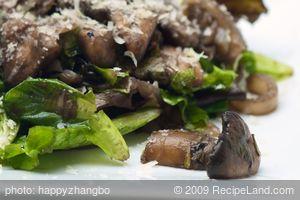 Mushroom and Mixed Greens salad