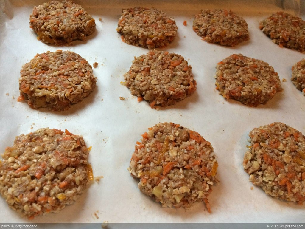 Delicious Carrot Cake Cookies (Vegan and Gluten-Free)