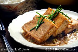 Braised Tofu in Spicy Peanut Sauce