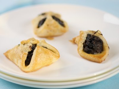 Mushroom and Goat Cheese Puff Pockets