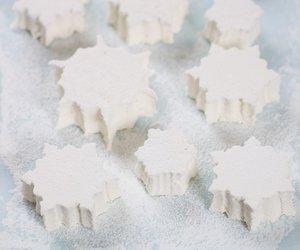Christmas Marshmallow Snowflakes