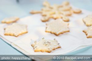 Almond Christmas Snow Flake Cookies