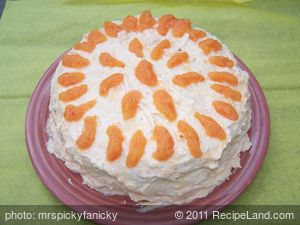 Mrs. Picky's Pig Pickin Cake