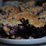 Blackberries Crumb Bars