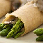 Asparagus Crepes with Mushroom Dill-Sauce