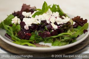 Mixed Greens Salad with Beets and Goat Cheese