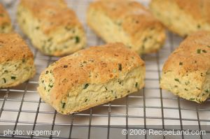 Cheddar Cornmeal Biscuits with Chives