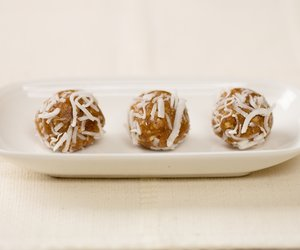 Chocolate Pecan Rum Balls