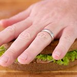 Press the sandwich with your palm slightly.