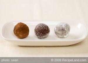 Shortbread Pecan Rum Balls