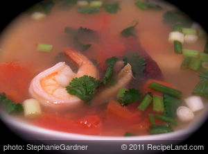 Thai Hot and Sour Shrimp Soup (Tom Yum Goong)