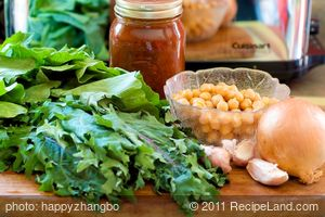 Skillet Kale, Chickpeas and Tomatoes
