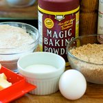 Get together these a few ingredients we need to make this nutty and delicious pie crust.