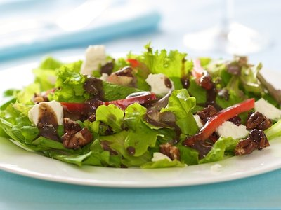 Mixed Green Salad with Honey Pecans, Goat Cheese and Balsamic Vinaigrette