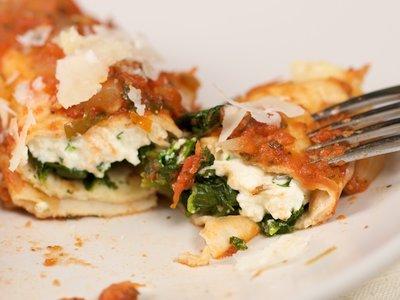 Mana's Spinach Ricotta Roll