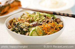 Korean Seasoned Vegetables and Noodles with Spicy Sauce