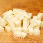 Cut the mozzarella into 1/2-inch cubes.