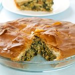 Flakey phyllo crust and flavorful filling!