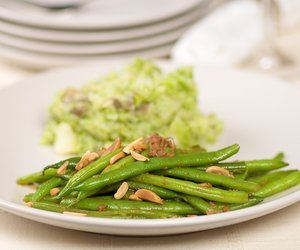 Algerian Green Beans with Almonds