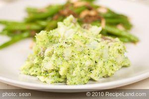 Cheesy Broccoli Mashed Potatoes